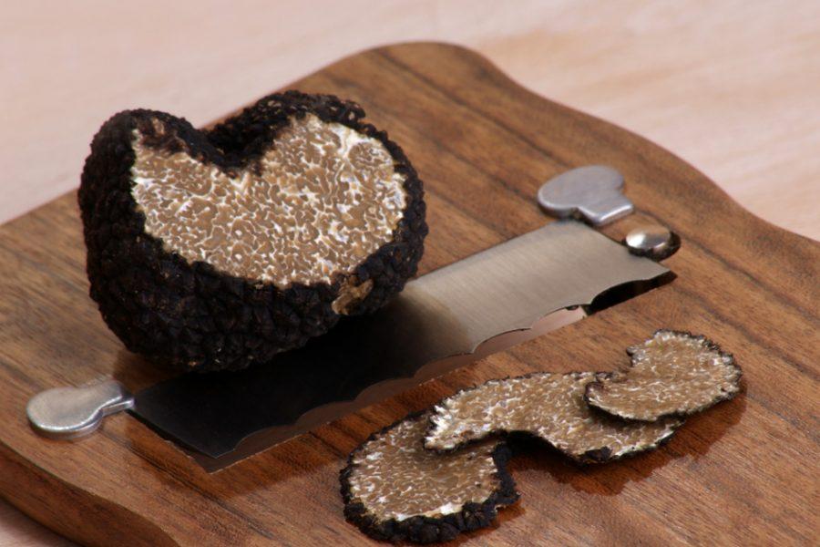 Sorpréndete con el nuevo menú de trufa negra del Restaurante Oroel