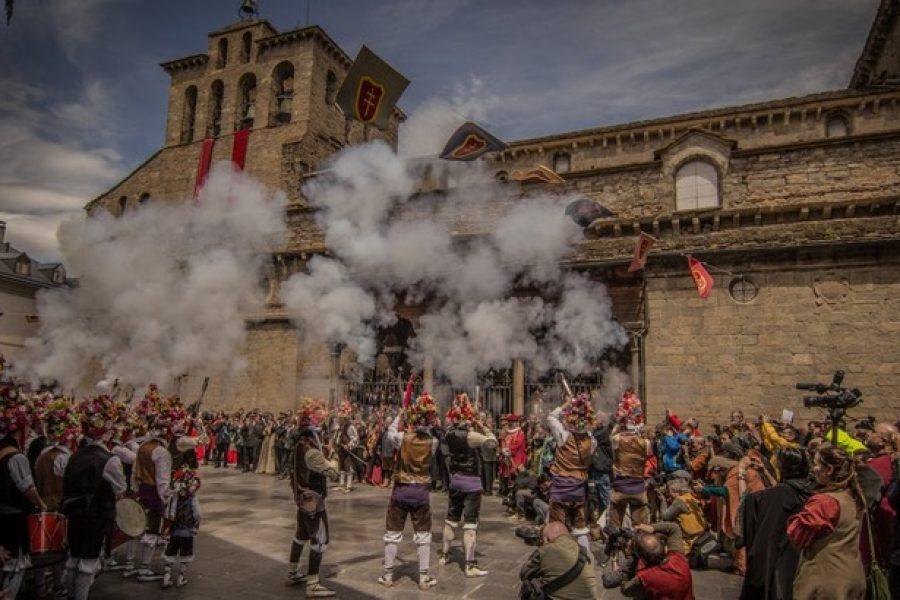Te invitamos a vivir la Fiesta del Primer Viernes de Mayo en Jaca