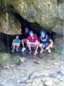 bajo la fuente de Santa Elena