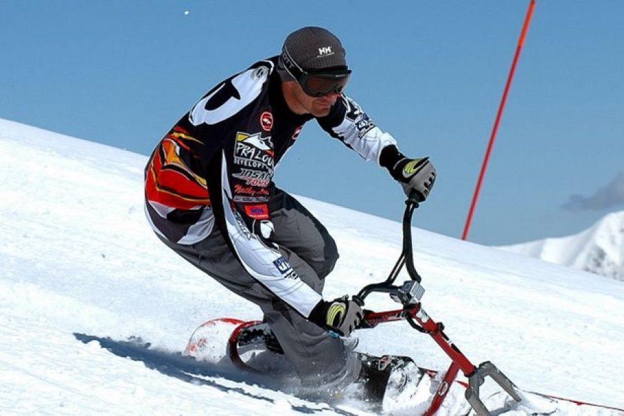 ¡Diviértete practicando Ski Bike y Snow Scoot en Candanchu!